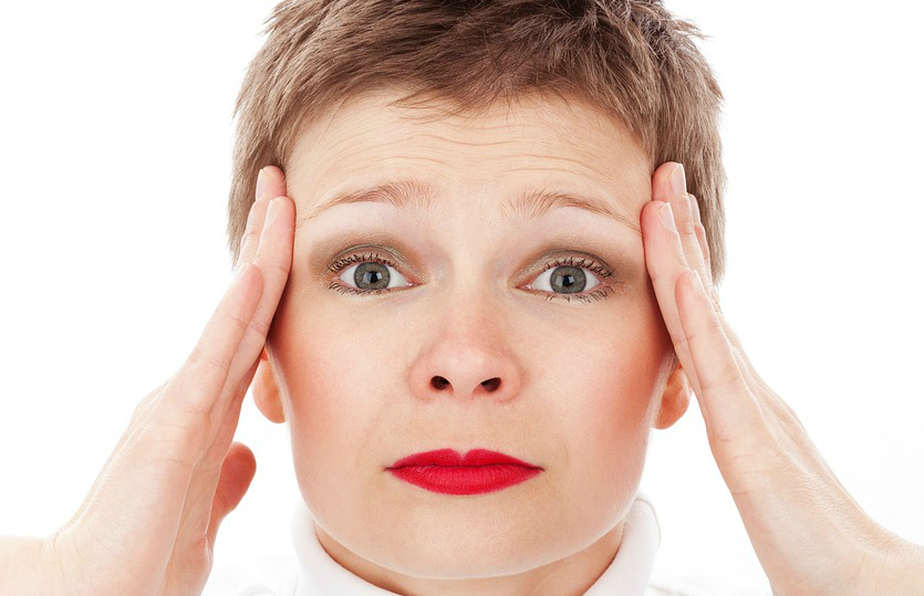 Trpite za glavoboli Odločite se za pregled oči!